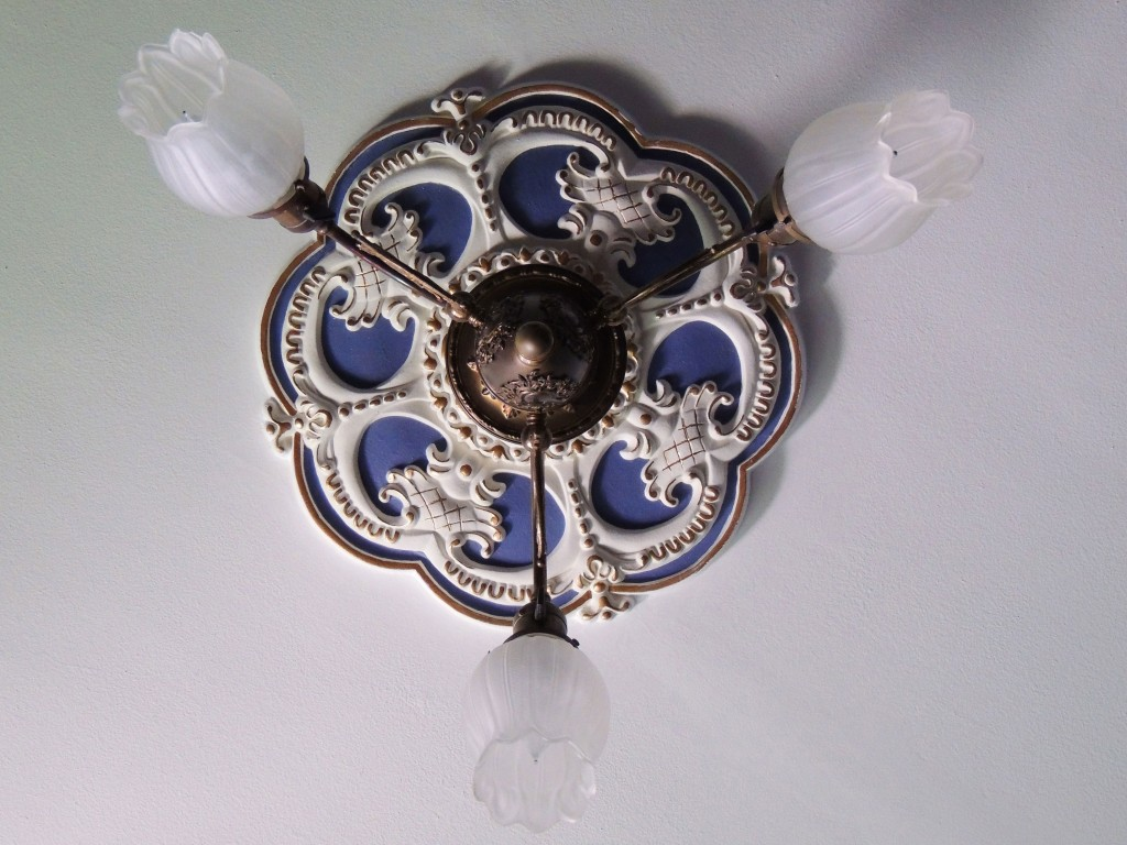 Custom-Rotherham-Ceiling-Medallion-02