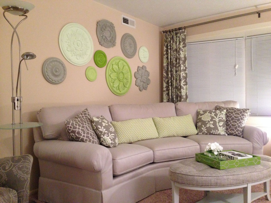 Wall-Medallions-Gray-Green