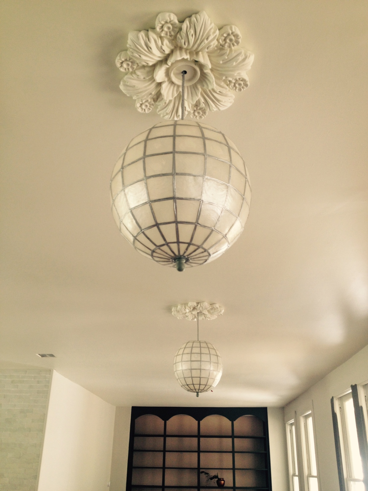 beaumont-ceiling-medallion-2