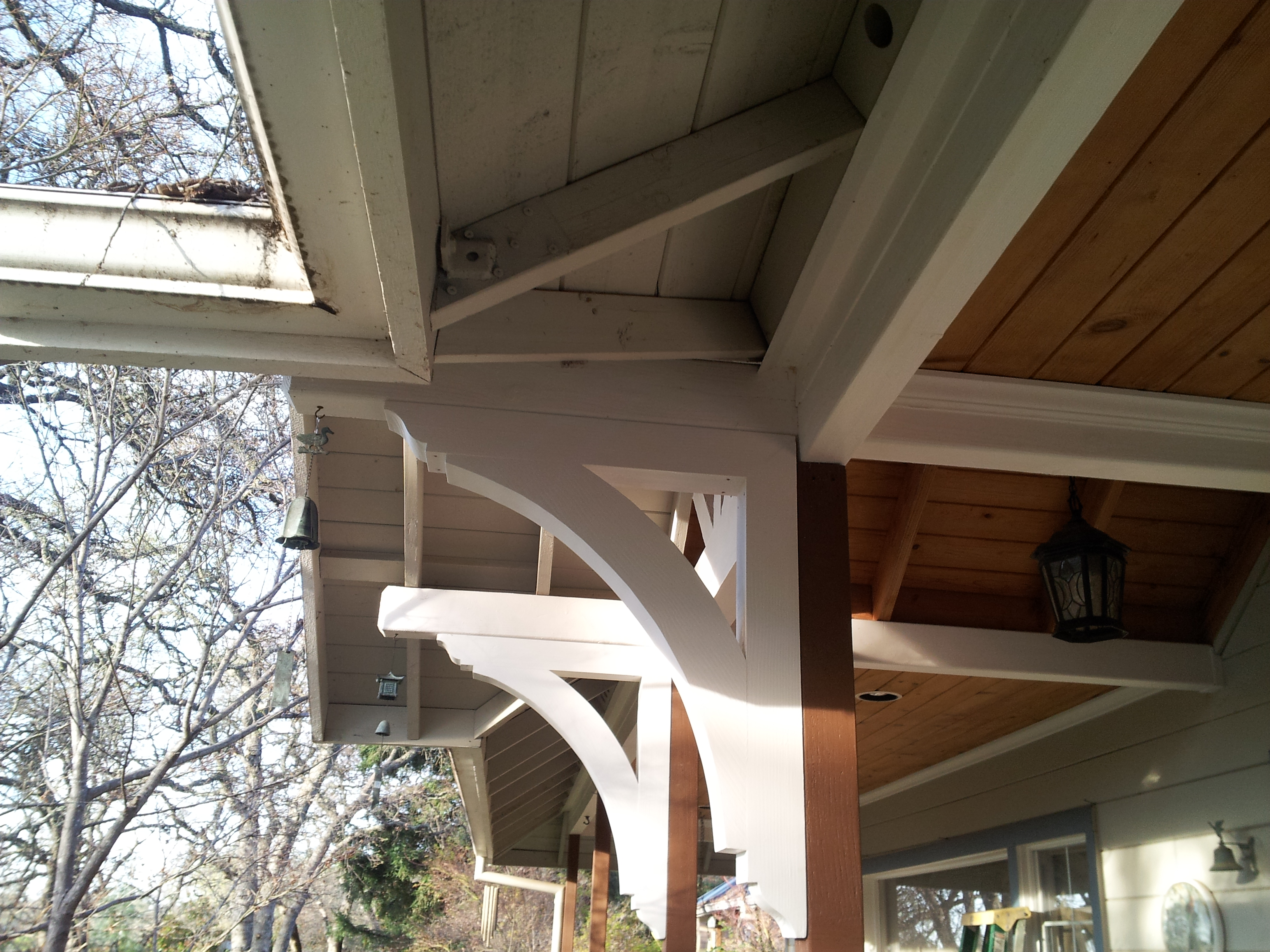 Exterior wood bracket installation awesome exterior wood for Exterior house brackets