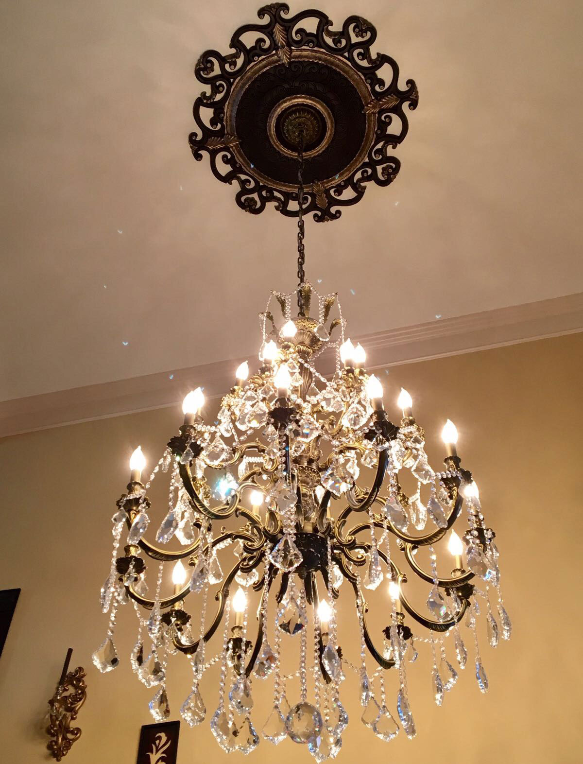 and ceiling a medallions ceilings beautiful with chandeliers ekena chandelier medallion millwork pin